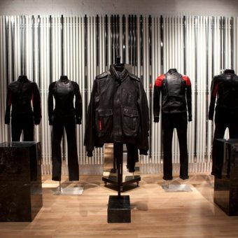 Featured items display for modern retail design